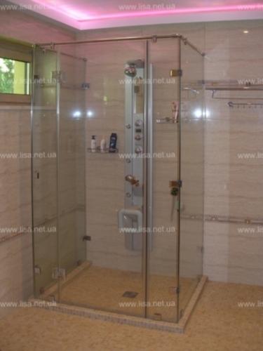 Стеклянные душевые , Двери стеклянные в душевые Киев