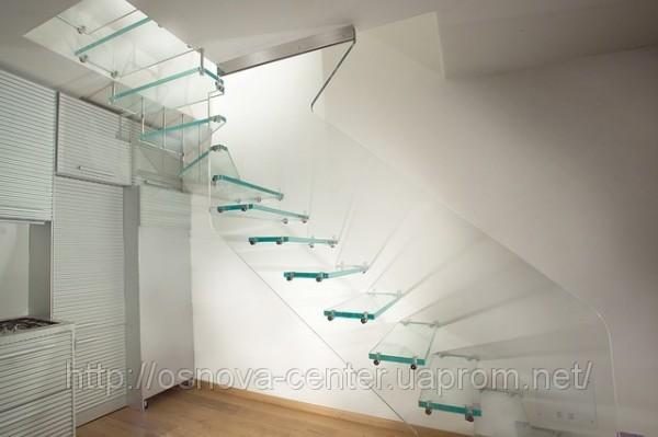 Стеклянные лестницы это сочетание современности, комфорта и престижа. http://osnova-c. com. ua/glass-stairs/