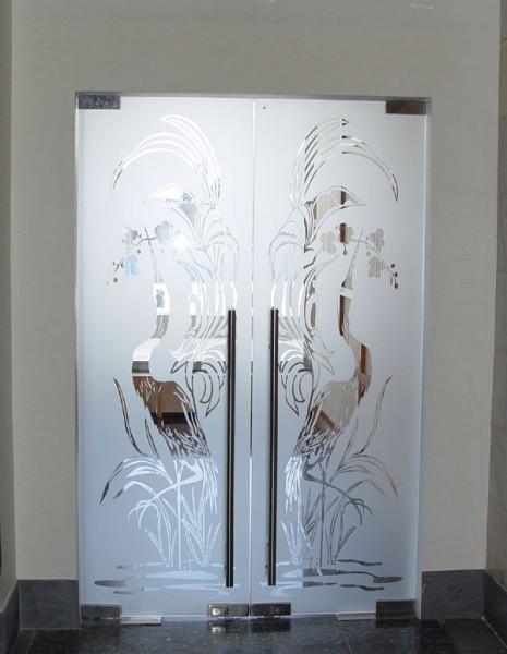 Стекляннные межкомнатные двери