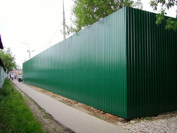 Стеновой профнастил ПС 10, для заборов и фасада. Толщина металла 0,4; 0,45 и 0,5 мм. Оцинкованный и полимерном покрытии.