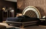Стильные кровати в тканевой обивке, натуральной коже, эко коже или из деревянных панелей и другая мебель для спальни