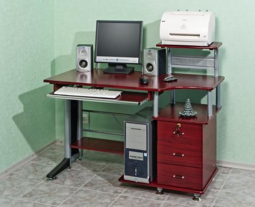 Стол компьютерный VS-20 Материал: МДФ Габариты: мм,600х1200х750(10 00)