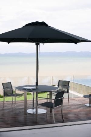 Стол, стулья и зонт Royal Botania