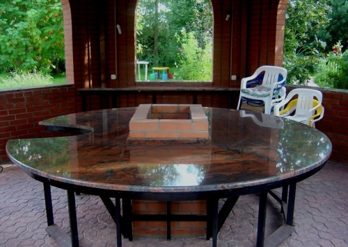 Столешница гранитная для стола 6