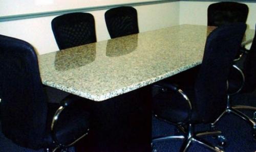 Столешница гранитная для стола 7