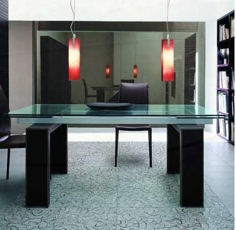 Столешницы, столы, стойки из стекла