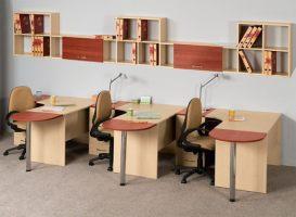 Столы для менеджеров.