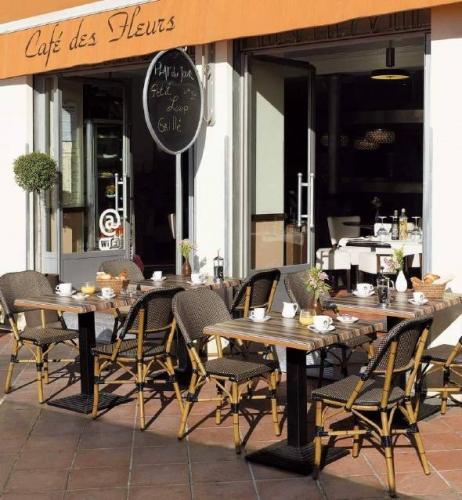 Столы и стулья для кафе и ресторанов 3