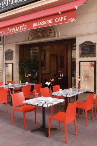 Столы и стулья для кафе и ресторанов 5