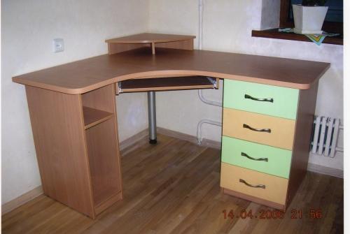 Столы (изготовление, доставка, сборка)