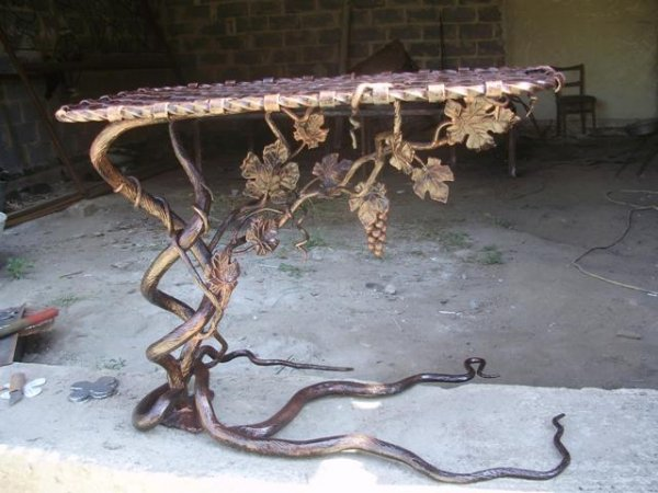 Фото  1 столик под мангал 1910537