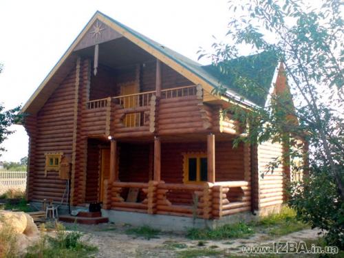 Строительство деревянных домов из оцилиндрованного бревна собственного производства разного диаметра.