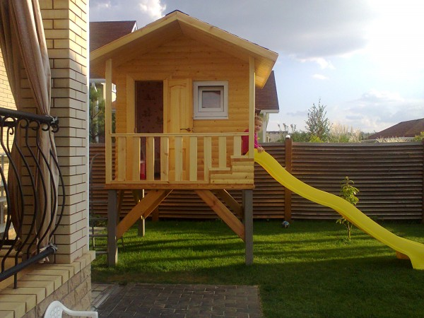 Строительство детских домиков и площадок
