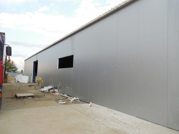 Строительство утеплённого склада готовой продукции.