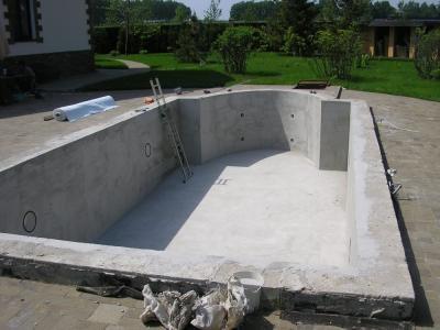 Строительство железобетонной чаши бассейна
