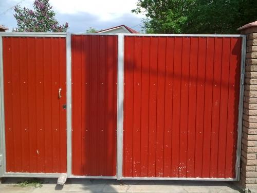 Сварные ворота с профнастила. Изготовление, доставка, монтаж от от 500 грн. /кв. м
