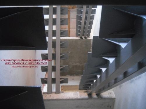 Сварочные работы. Лестницы. Заборы. Металлоконструкции. Вынос балкона Киев и область.