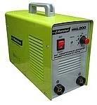 Сварочный инвертор Импульс-ММА-200 В комплекте идут сварочные кабеля, держатель, клемма массы.