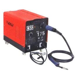 Сварочный полуавтомат MIG-175 В комплекте с горелкой и кабелем массы.