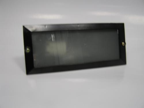 Светильник встраиваемый в ступени, стены. Цоколь Е27. Цвет черный, материал алюминий. Габариты 233х101х70мм. IP44