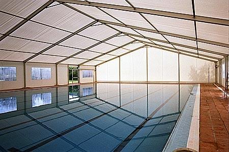 Тентовые павильоны для спортплощадок, басейнов,ледов.катков,шириной от 3м до 60м и неогр.длиной.Цена 1 кв.м.