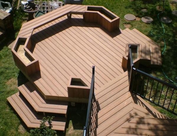 Террасная доска (траповый настил) – используется как напольное покрытие на открытых площадках. Товар от производителя