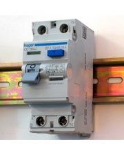 тип-А -25А/30mA Расчетное напряжение: 230/400В~, 50/60 Гц. Отключающая способность 6кА Артикул: Hager CD225J