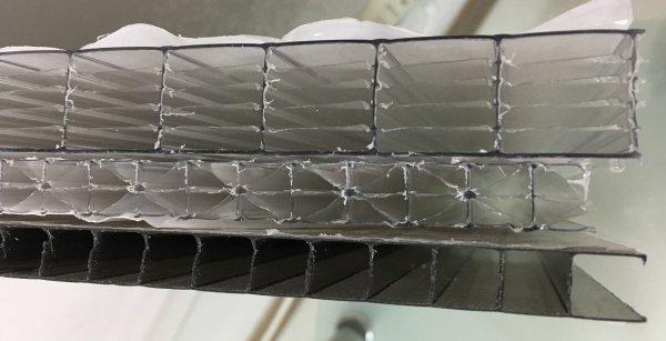 Фото 7 Сотовый поликарбонат усиленный SOTON TITAN 8 - 20 mm (прозр/бронз.) 341646