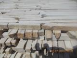 Торец из песчаника для наружной отделки.