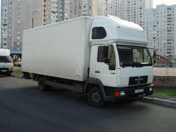 Транспортные услуги по перевозке мебели, квартирный, офисный переезд.