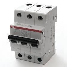 Фото  1 Автоматический выключатель ABB 3p, 6A, C, SH203-C6 2079311