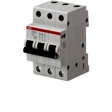 Фото  1 Автоматический выключатель ABB 3p, 10A, C, SH203-C10 2079312