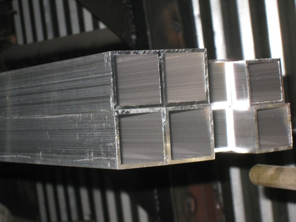 Труба алюмінієва 80х80мм стінка 2мм, 3мм, 4мм АД31Т1, АД31Т5