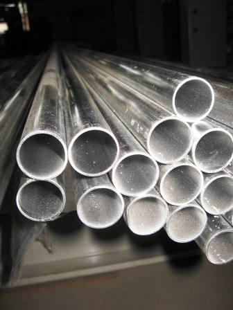 Труба алюминиевая ф45х2мм; 2,5мм; 3мм; 3,5мм; 4мм; 14мм; 15,5мм. Сплав АД31Т, АД0.