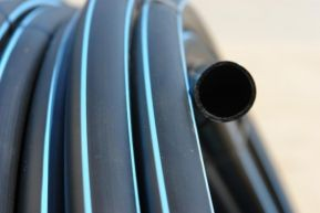 Труба ПЕТ ф 25 (труба полиэтиленовая, техническая, для полива и сантех. нужд. )