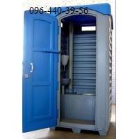 Туалет передвижной автономный. Кабина изготовлена из высокопрочного полиэтилена.