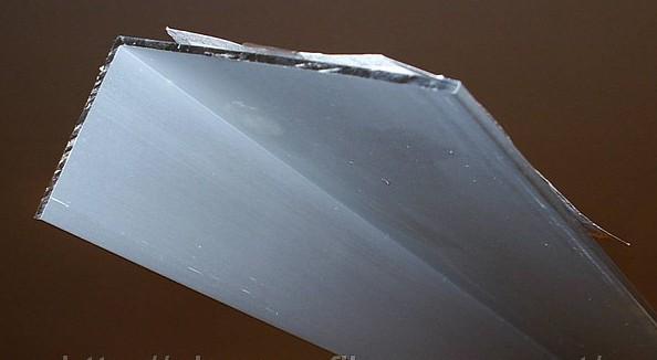 Уголок алюминиевый неравнополочный 20х25х1,5 мм, ГОСТ 13738-90. Анод/не анод. Доставка по Украине любой обьем.