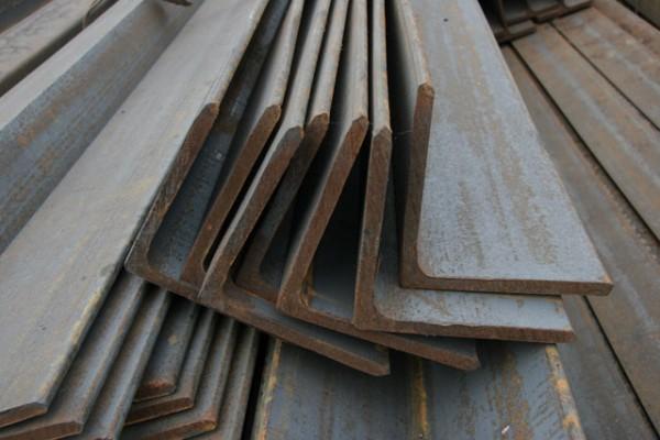 Уголок стальной 80х80х7мм, ГОСТ 8509-93, ст.3ПС, L=12м Металлобаза левый берег Киев Оптовые цены, доставка и порезка!!!