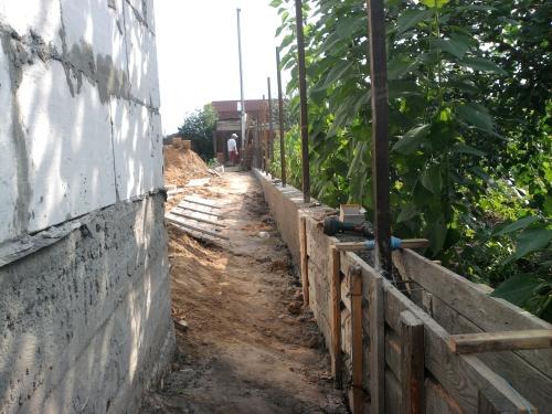 Укладка бетона вручную