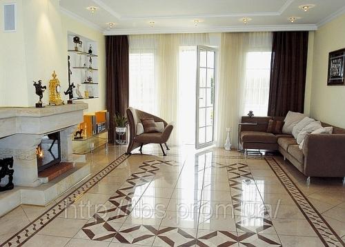 Дизайн плитки напольной в гостиной