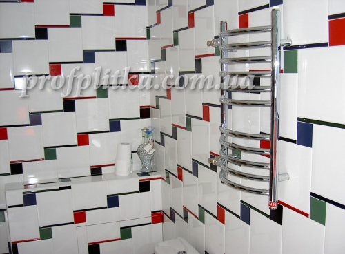 Укладка плитки санузел,кухня,каминный зал,баня,коридор.