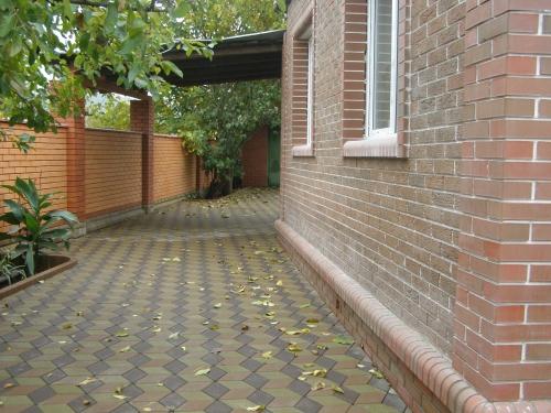 Укладка тротуарной плитки ФЭМ. Мощение плитки тротуарной, клинкерного кирпича, гранитной брущатки