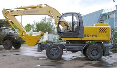Услуги полноповоротных экскаваторов ЕК-14 с ковшом 0,9 куб. м и ЕК-8 с ковшом 0,4 куб. м с функцией пристенного копания.