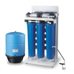 Установка фильтрационных систем очистки воды(обратный осмос, умягчители, обеззараживатели, приборов удалния накипи)