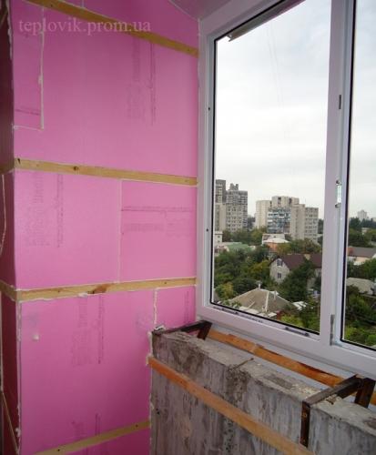 Утепление балкона (изокам)