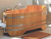 Ванна из дерева, деревянная ванна, джакузи из дерева. деревянная джакузи