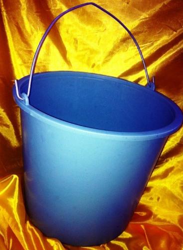 Ведро строительное WAVE 12 литров с мерной шкалой