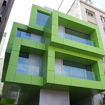 Вентелируемый фасад с облицовкой алюминиевыми композитными панелями Алюкобонд (пр-во Германия)