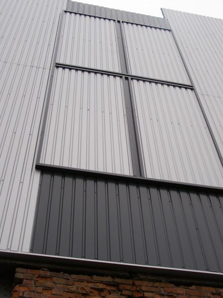Вентилируемые фасады из профнастила. Комбинируем цвета