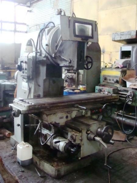Вертикальные консольно-фрезерные станки ВМ127,6Т13/Размеры рабочей поверхности стола 400х1600мм.